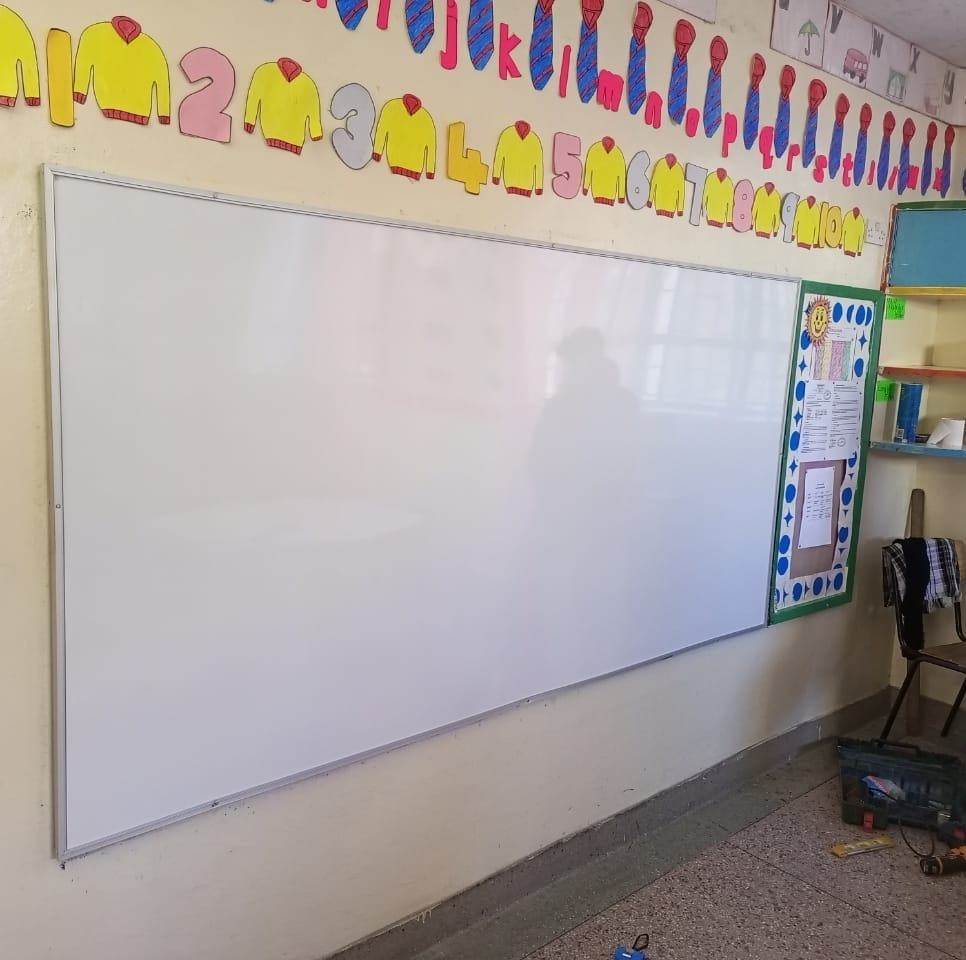 Wall Mounted Whiteboards 5*4 ft - Dry Erase