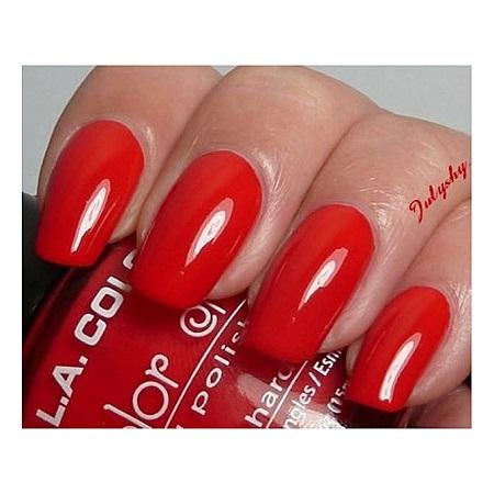 L.A. Colors Color Craze - Moody Red Nail Polish