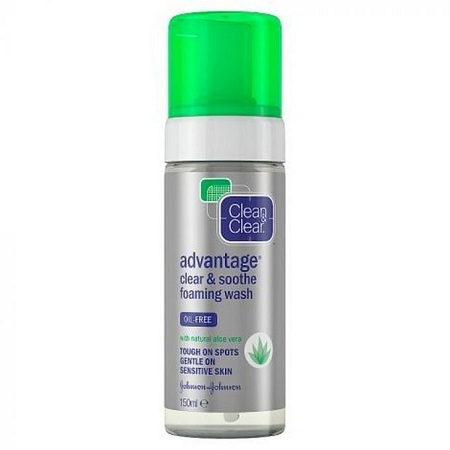 Clean & Clear Clean And Clear Advantage Clear And Soothe Foaming Wash