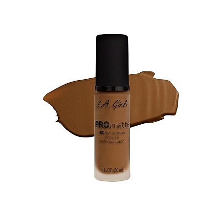 L.A GIRL Pro Matte Foundation - Nutmeg, 1Fl. Oz.
