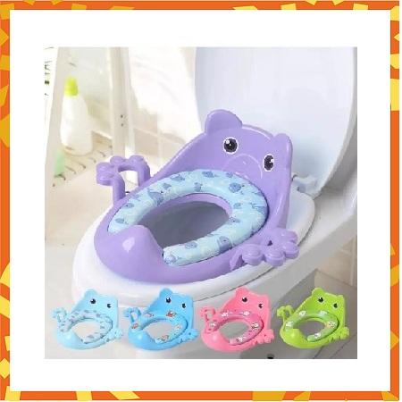 Cute Baby Toilet Sit