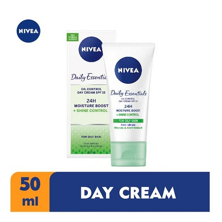 Nivea Shine Control Moisturising Day Cream SPF 15 For Women - 50ml