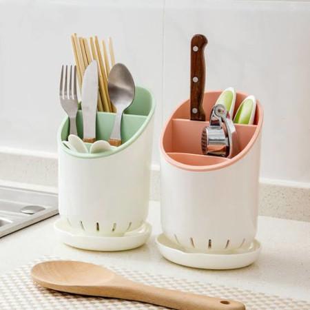 Cutlery holder drainer