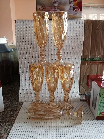 Crystal gold wine glass