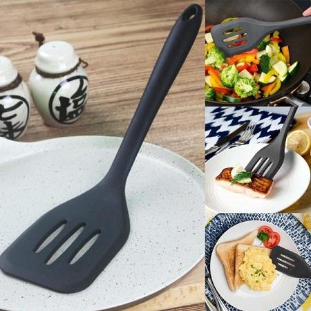 Non-stick slotted spatula