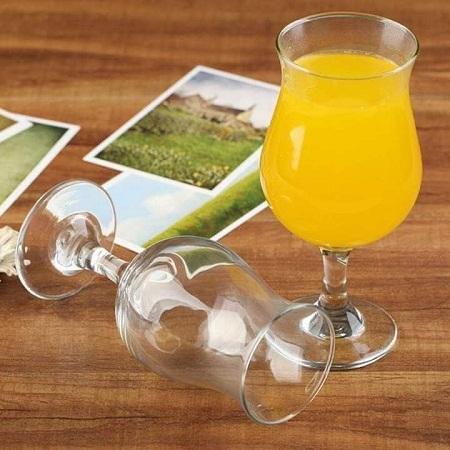 Unbreakable acrylic wine glass