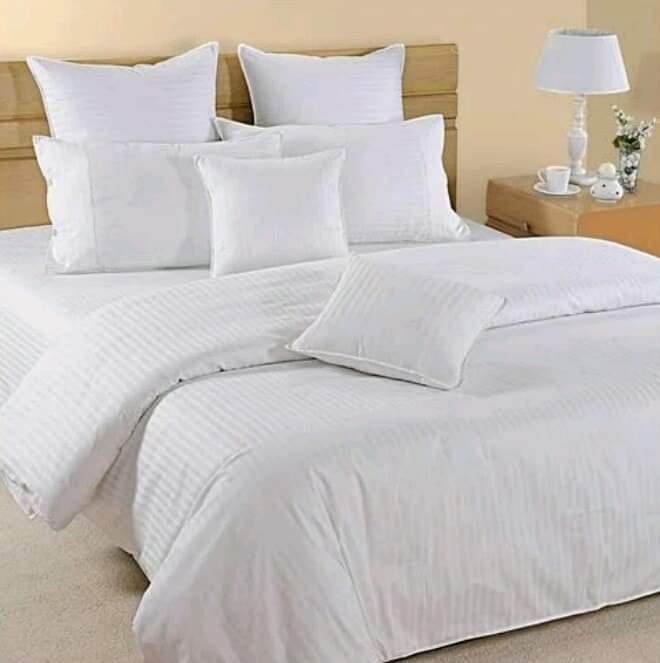 Pure white Duvet Set - King size