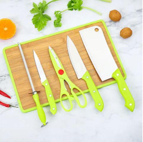 RASHNIK RN-290 Wdn Chopping Board + Knives As Picture 6pcs