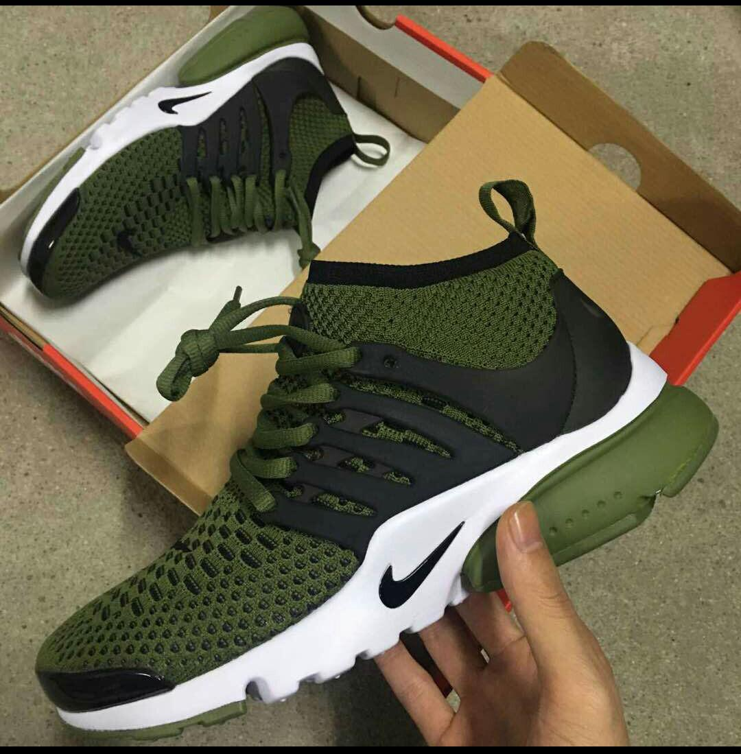 Unisex jungle green and black yeezys