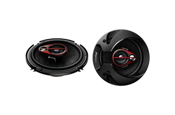 Pioneer TSR1651s 3 Way Speakers 300W.