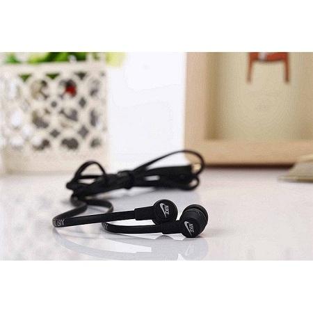 Generic Earphones with Fashionable Design Earphone black
