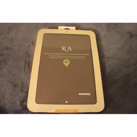 Generic R Smart Casing For Tablets 9 Inch (gold)