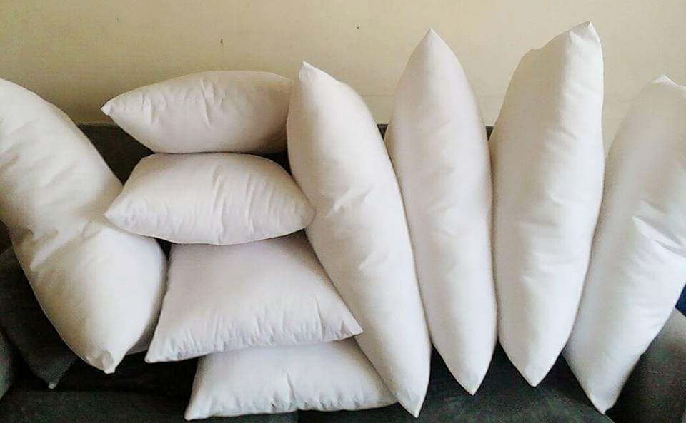 Generic Soft Comfortable Microfiber Hypoallergenic Bed Pillow White 18*18 inches
