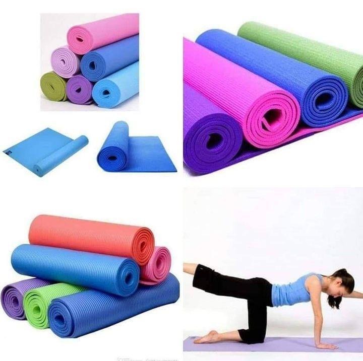 PREMIUM THICK PVC NON SLIP YOGA EXERCISE MAT - RANDOM