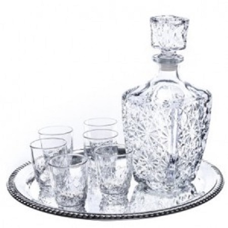 Decanter With 6pc Glasses