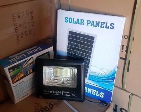 solar flood light 100watts
