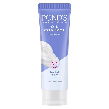 Pond's Oil Control Oil-Free Look Facial Foam With Mineral Clay