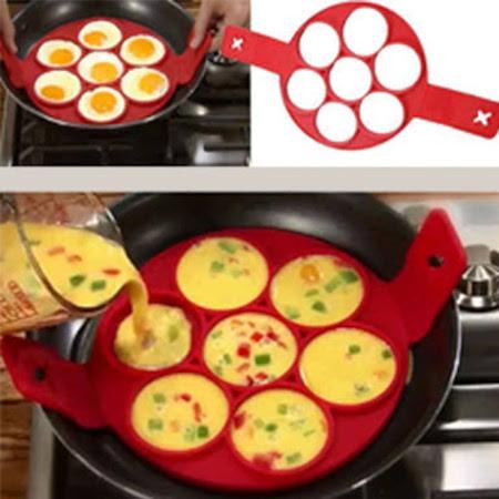 Pancake mold flipper