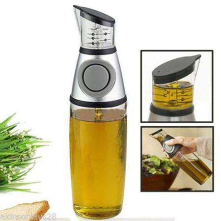 Press and measure oil jar