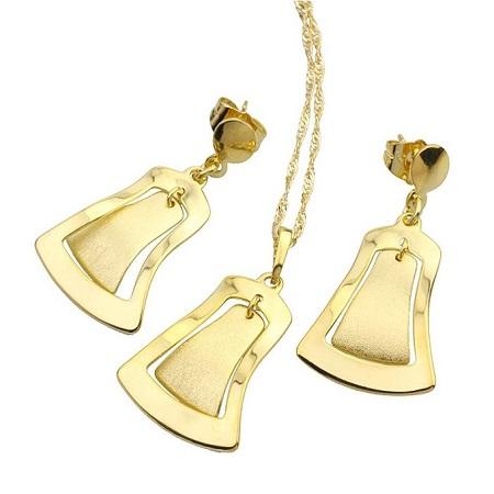Carjay Jewels Gold Coated Stylish Jewellary set