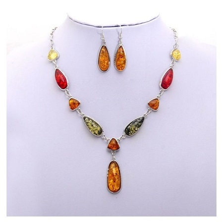 Jewellery Multi-color Necklace with a Set of Multi-color Earrings