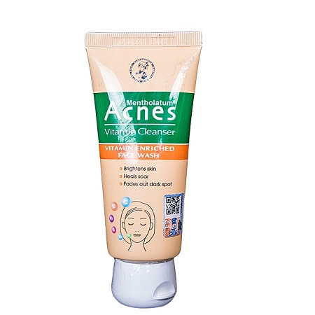 Acnes Vitamin Cleanser - 50g
