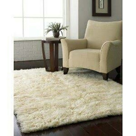 Soft fluffy carpets 5 by 7 inches Cream