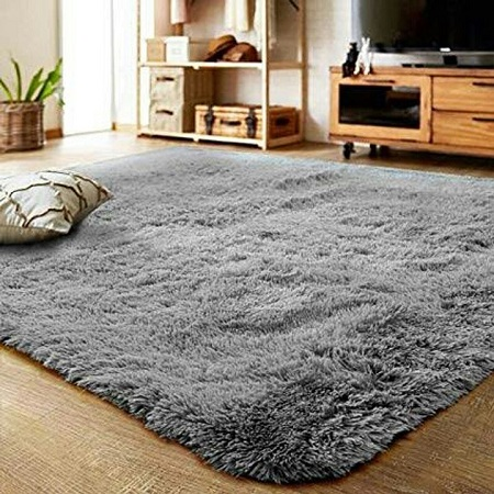 Soft fluffy carpets 5 by 7 inches grey