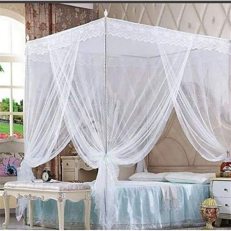 White 4 Stand Mosquito Net
