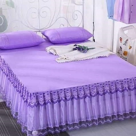 Decorative bed skirts/bed covers