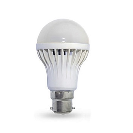 LED Light/Darkness Sensor Bulb Automatic Dusk To Dawn - Off White