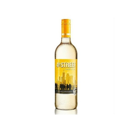 4th Street Natural Sweet White Wine - 1.5 LTR